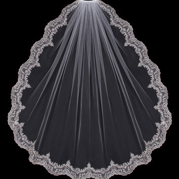 Single Layer Fingertip Lace Edge Length Veil
