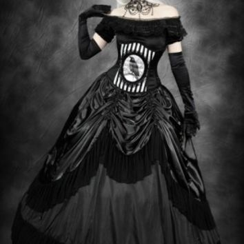 Restyle Queen of the Night Skirt with Petticoat