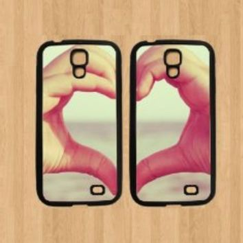 Hand Heart Best Friends For Samsung Galaxy S4 Case Soft Rubber - Set of Two Cases (Black or White ) SHIP FROM CA