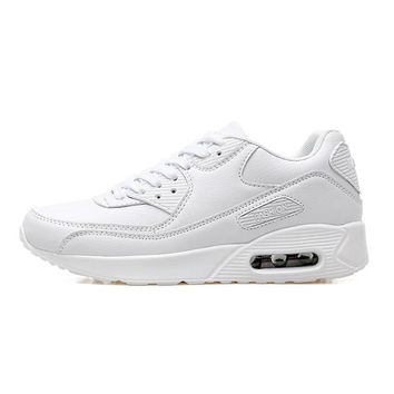 Men's Lightweight Athletic Shoes