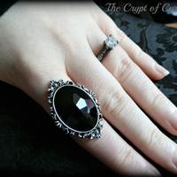 Elegant Gothic filigree cameo ring.