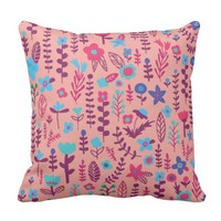 Doodle Flowers Pattern - Pink Color Throw Pillow