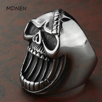 Stainless steel bottle opening ring new product 2018 retro punk black skull man titanium steel ring A-0184