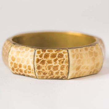 Reptilian skin pattern bangle carved hand made bone brass bangle - Bohemian jewelry bracelet - Indian bracelet chunky beige accessory her