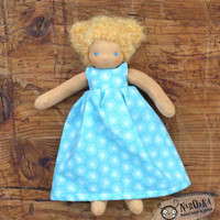 Waldorf doll - Blond girl - Dressable Waldorf doll - 22 cm - 9 inch - Curly blond