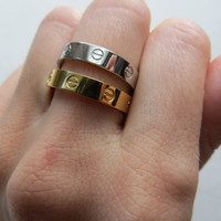 Lock It - Ring in Gold or Silver Comfort Band