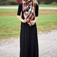 Embrace Maxi Dress - Black