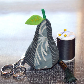 PEAR Pincushion, Fabric Pin cushion, Sewing, Quilting, Embroidery, Craft Supplies, Beading, needle, Felt Leaf, NEW BLACK Pear
