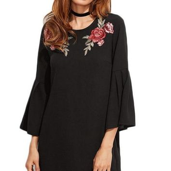 Vintage Dress Women Black Embroidered Rose Applique Mini Dresses Spring Fashion Long Bell Sleeve Tunic Dress
