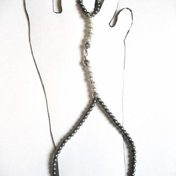 Stretch Cord Slave Anklet with Toe Ring Attached Gray and Silver Beads
