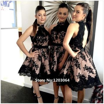 Vestidos Largos 2016 Sexy Halter Neck A-line Black Prom Dresses Sexy Open Back Lace Short Prom Dress Appliques Cocktail Dresses