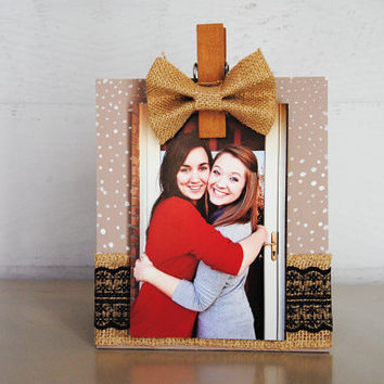 Burlap Bow Light Brown & White Pattern hand painted wood photo holder / photo frame / photo display / photo clip holder / lace