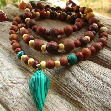 Malachite, Howlite & Wooden Beaded Necklace / 108 beaded Mala Necklace / Mens Beaded Long Necklace / Unisex Necklace / Boho Beaded Necklace