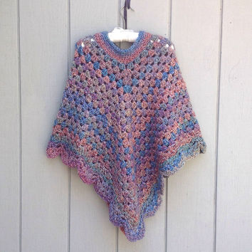 Womens crocheted poncho - Womens clothing - Teens retro crochet poncho - Womens shawl