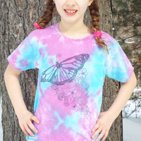 Girls Butterfly Shirt- Butterfly Tie Dye Tshirt- Zentangle Butterfly Tshirt- Butterfly Birthday Gift- TieDye Girls Clothes- Kids M (8-10)