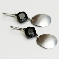 Black and silver earrings Less is more antique black square swarovski jewel and brushed aluminum drops
