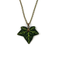 Green ivy leaf necklace, nature necklace, woodland necklace, rustic necklace, painted plastic fancy necklace (recycled CD)