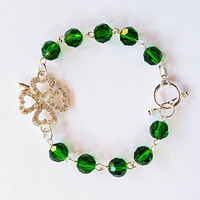 Four leaf clover crystal bead silver plated bracelet, St Patrick's day bracelet, St Patrick's day jewelry, green bracelet, green jewelry