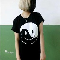 HIPA single eyeball smiley face t-shirt from mancphoebe