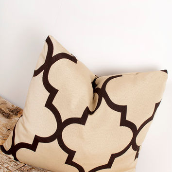 SPRING SALE--ONE Tan Pillow Cover. Quatrefoil. 18 x 18 inch. Tan Pillow Cover. Pillows. Home Decor Accents. Accessories. Pillow Pair.