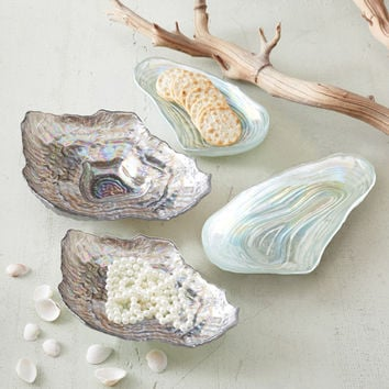 Shell Plates design by Twos Company