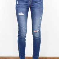 Mid-Rise Lightly Distressed Curvy Fit Jeans {Medium}