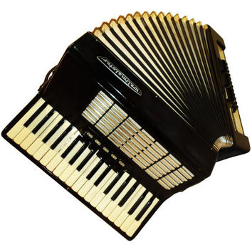 German Weltmeister Stella, 60 Bass, 8 Registers, Piano Accordion Instrument, 500