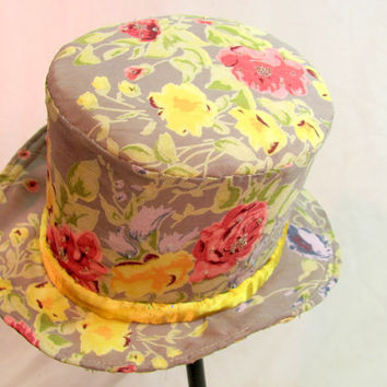 Top Hat with Beaded Floral Design in Pink and Yellow