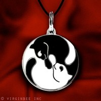 YIN YANG TWINS CATS FELINE MEDAL COLLAR CHARM PENDANT NECKLACE
