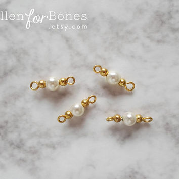 LIMITED | 4pcs ∙ Vintage Gold Beads and Pearl Connectors Faux Pearl Findings Jewelry Supplies