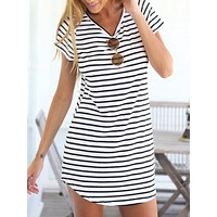 Monmen Monochrome Stripe Short Sleeve Shift Dress