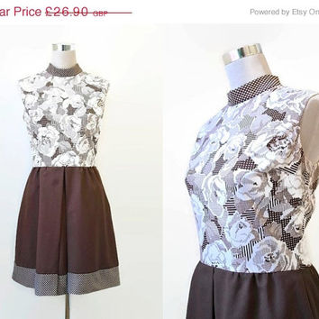 ON SALE - 60's Mini Dress - 1960's Vintage Dress -  Arnel Fabric - Brown And White Sleeveless Dress - Twiggy Style