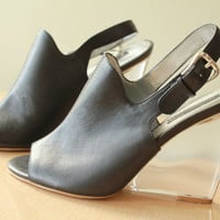 Vintage - 90s - Black Leather - Clear Lucite Wedge - Slingback - Peep Toe - High Heel Shoes - 8.5
