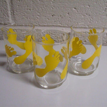 3 Vintage 70s Yellow Foot Print Juice Glasses Novelty Retro Barware