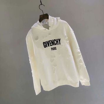 Givenchy: 2018SS early autumn when official website synchronized, even the cap break hole leisure clothes