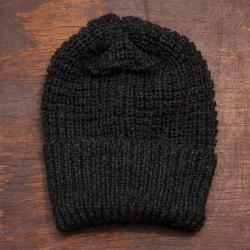 The Toque   Charcoal Wool