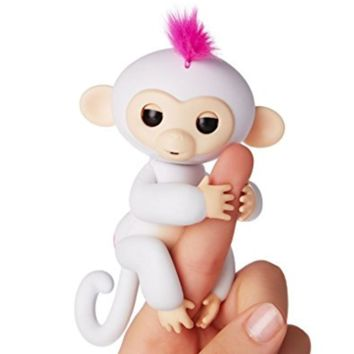 Fingerlings Monkeys Interactive Baby Monkey Rare Sophie White