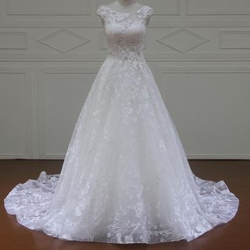 Lace wedding dress ivory Sweetheart court train Lace up Back long bridal gowns appliques wedding dresses