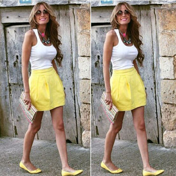 Scoop Sleeveless T-shirt Pleated Short Skirt Two Pieces Set