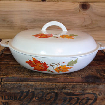"Descoware Belgium 12"" Covered Braiser #30, White Maple Leaf Pattern, Le Creuset Cast Iron Enamelware, Autumn Fall Pattern"