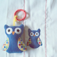 Bright blue owl burp cloth with matching owl toy with c clip for boys. Burp cloth can be personalized for an extra charge.