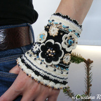 Cuff bracelet boho chic, cotton thread with crocheted flower and glass beads, black and cream ethno wristband, unique gift for woman