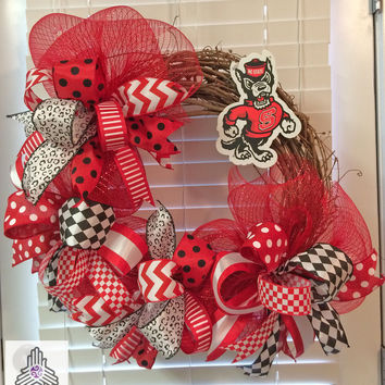 NCSU North Carolina State University Wolfpack Deco Mesh Ribbon Grapevine Wreath