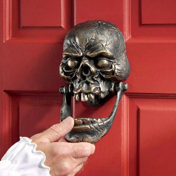"""Knock-Jaw Skull"" Cast Iron Door Knocker - SP2716 - Design Toscano"