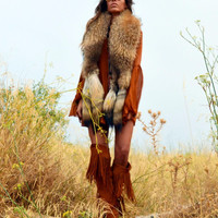 Fur Collar with Tails in Tan