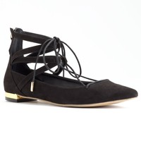 Rock & Republic Women's Pointed Lace-Up Flats