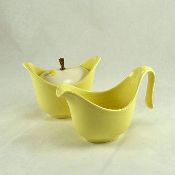 Creamer & Lidded Sugar - Yellow Pottery Flower Coreopsis  - Deco Style Mid Century - Cheerful Yellow