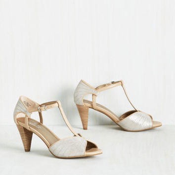 Seychelles U-Turn Heel in Silver | Mod from ModCloth | shoes