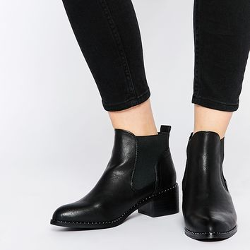 New Look Wide Fit Studded Chelsea Boots