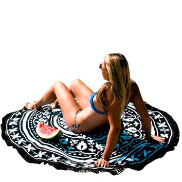Trendy Black White Pattern Round Beach Towel